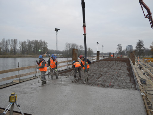 The first cementless bridge of Holland is fabricated on the Floriade, Almere
