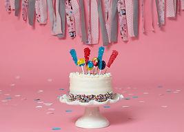cake smash in pink.jpg