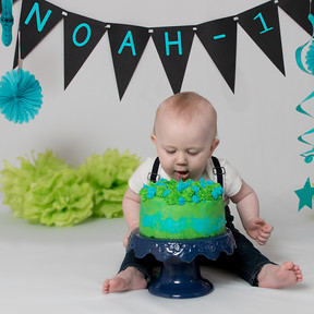 Cool Celebrate Their First Birthday Cake Smash Photography Session Birthday Cards Printable Inklcafe Filternl