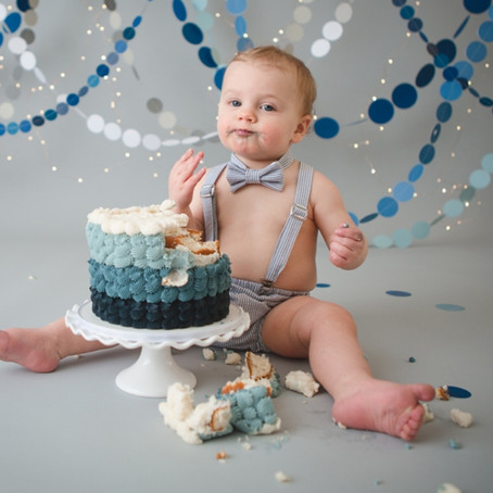 How to Choose a Cake Smash Theme For Your Baby's First Birthday Portraits