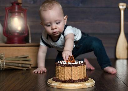 cake smash camping.jpg
