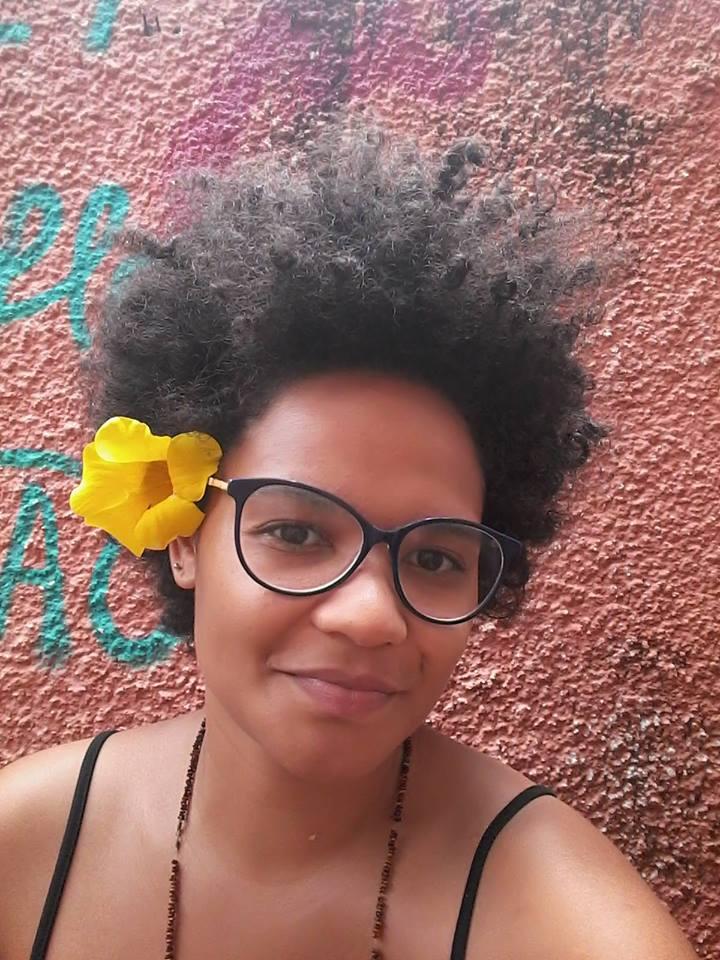 Elisângela Gomes
