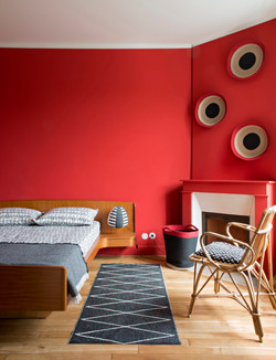 Chambre à coucher rouge