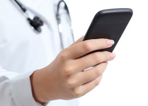 PrecisionMedicine: a mobile platform for instant messaging, classification and transfer of medical