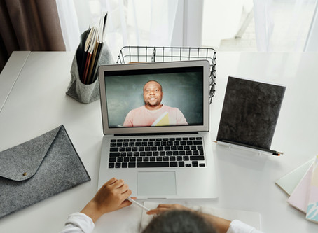 Video calls: How to overcome challenges and communicate expertly