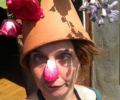 photo Christine pot de fleur.png