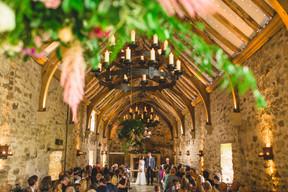 healey-barn-wedding-Flower -bombs