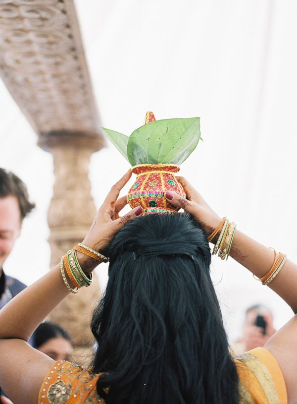 this-vibrant-multicultural-wedding-at-micklefield-hall-had-3-beautiful-ceremonies-35-600x815