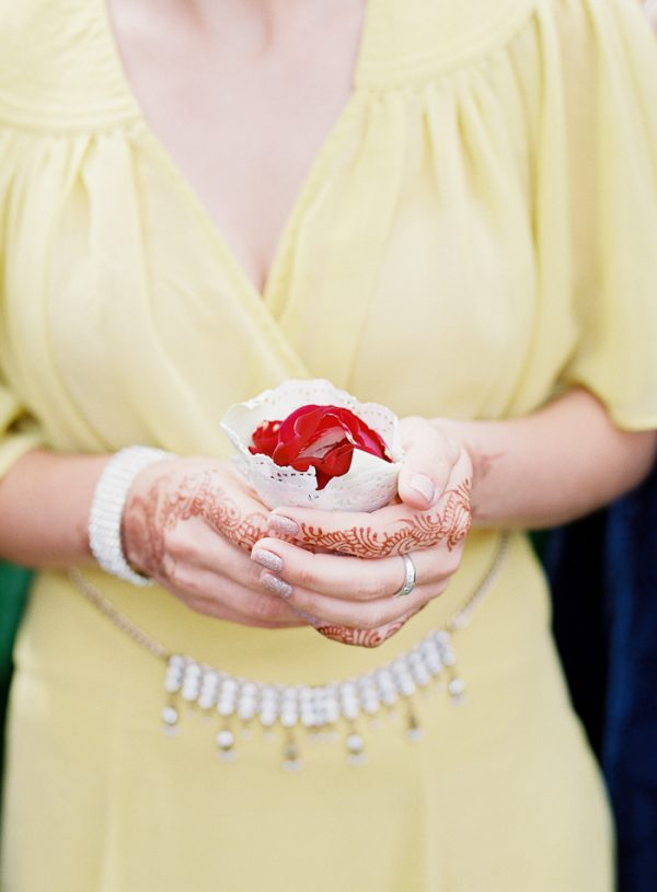 this-vibrant-multicultural-wedding-at-micklefield-hall-had-3-beautiful-ceremonies-22-600x815