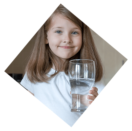 girlwithglassofwater-01.png