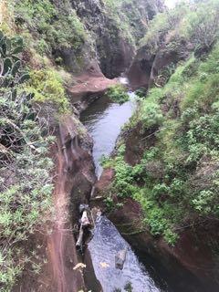 Rigoles d'irrigation creusées par les esclaves
