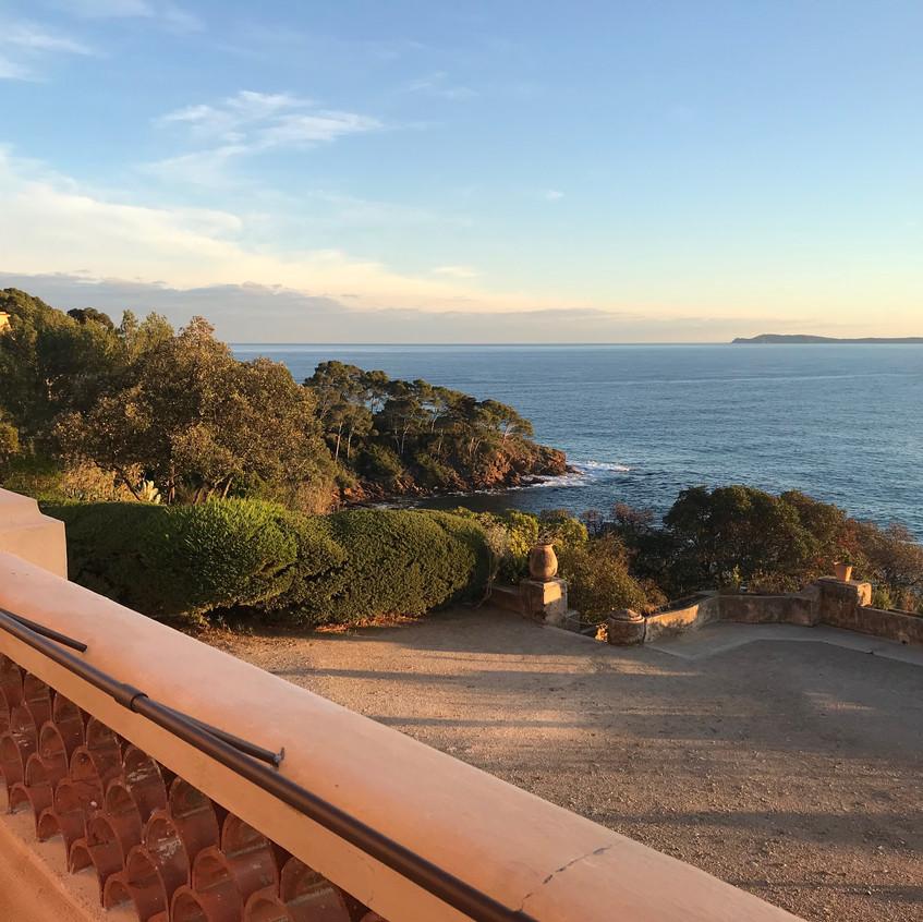Un des panoramas les plus beaux de la côte d'Azur.
