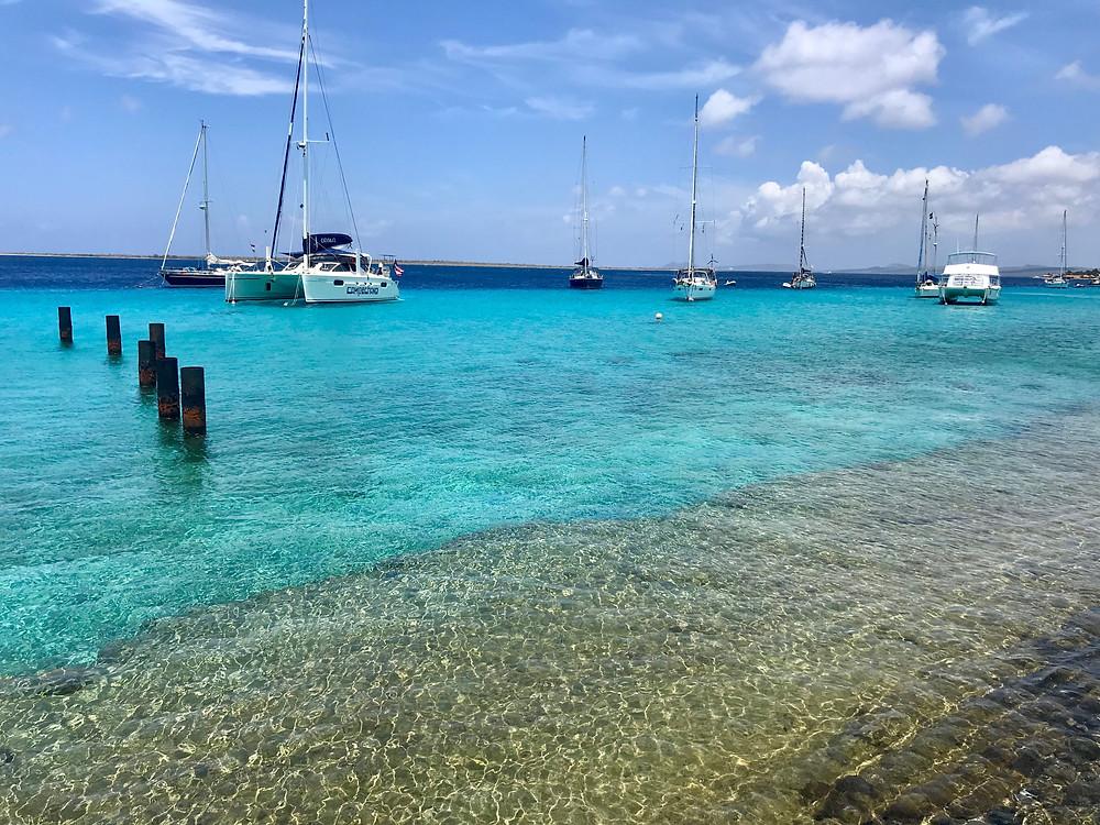 Mouillage dans les eaux turquoises de Bonaire