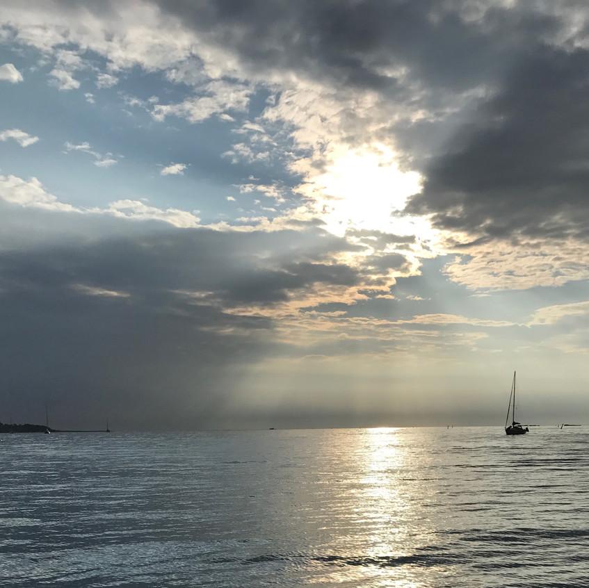 Coucher de soleil en navigation