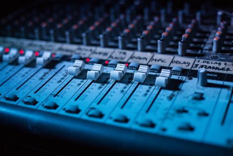 dj, scène, concert, platine