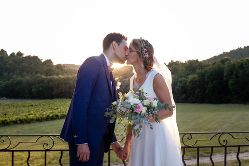 kisss baiser amour mariage sunset coucher de soleil mariés