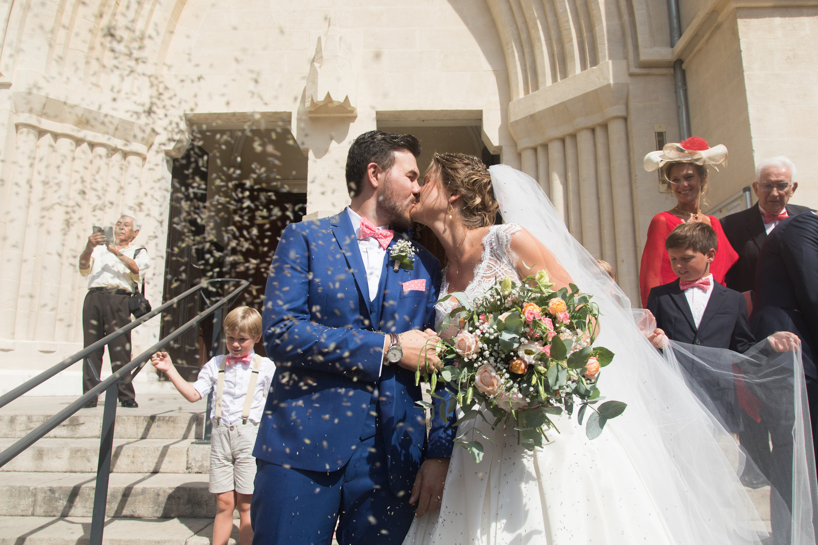 love mariage  wedding  mariés kiss church église photography photographie