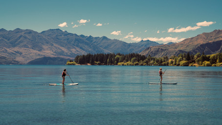 6 Reasons Why You Should Visit Your Local Paddle Shop