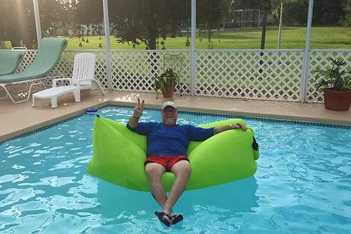 DUKLounge - the Self-Inflating, Floating Beach Sofa
