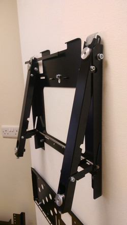 PMVVWLITE Servicable TV wall mount - 02.jpg