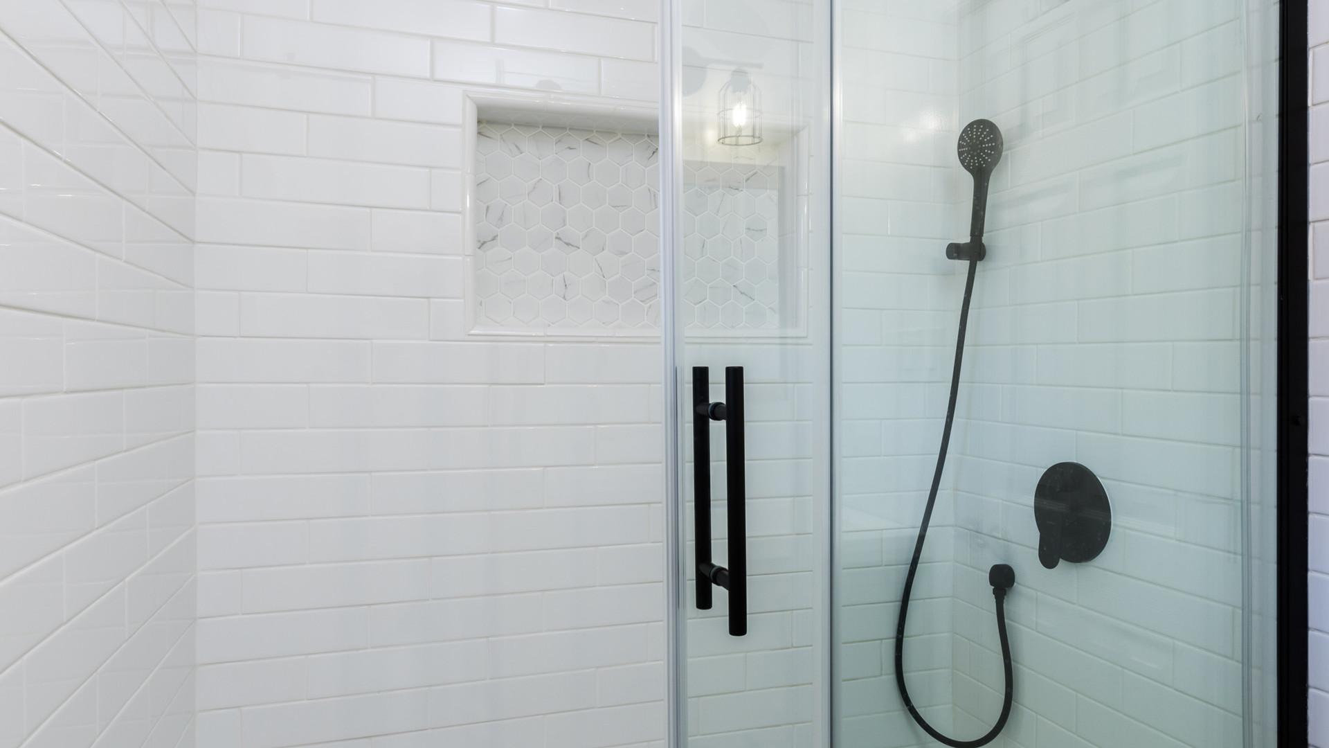 11 Bathroom 1.jpg