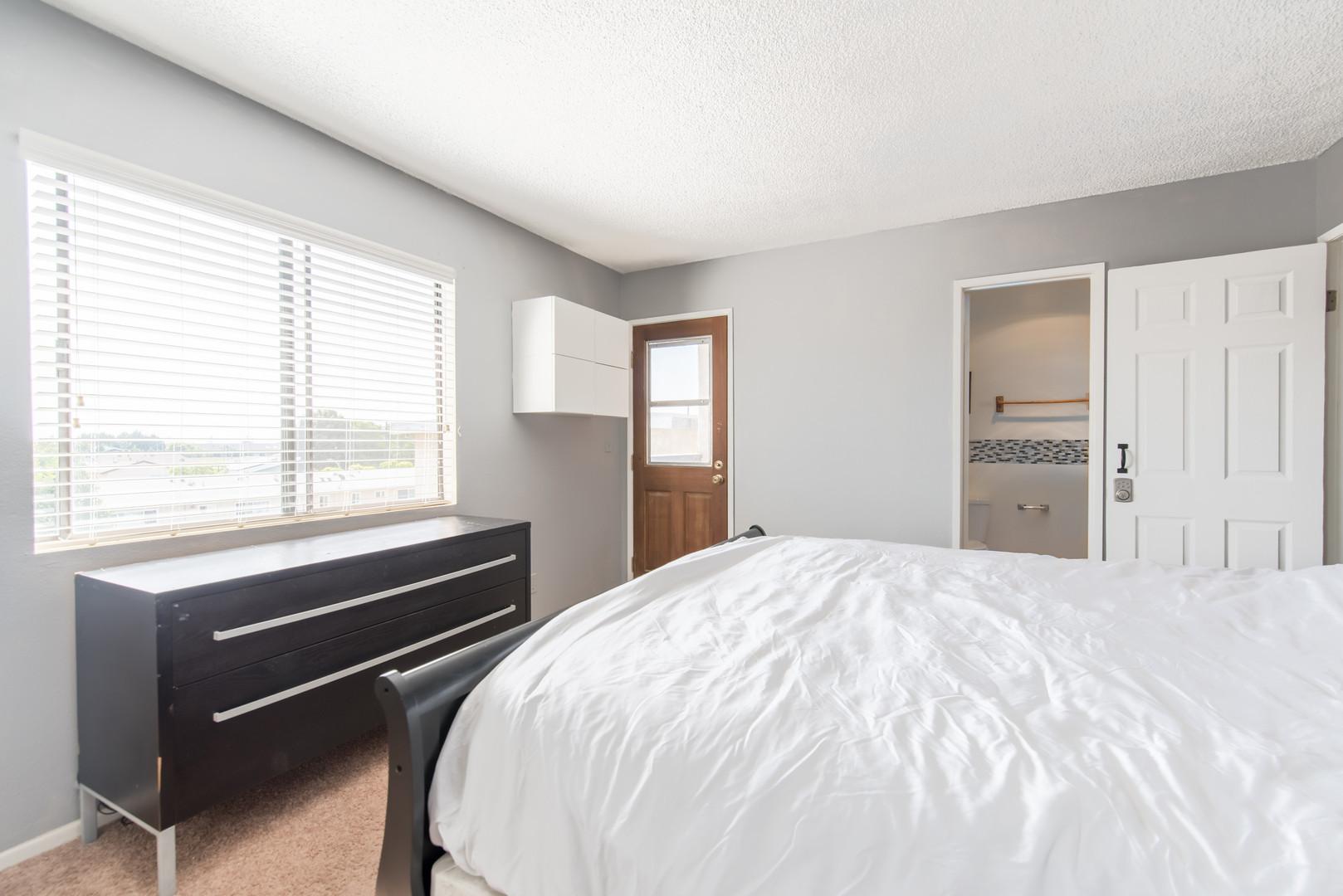 11 Bedroom 1-1.jpg
