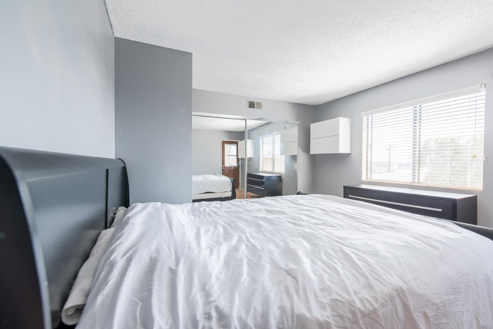 10 Bedroom 1.jpg