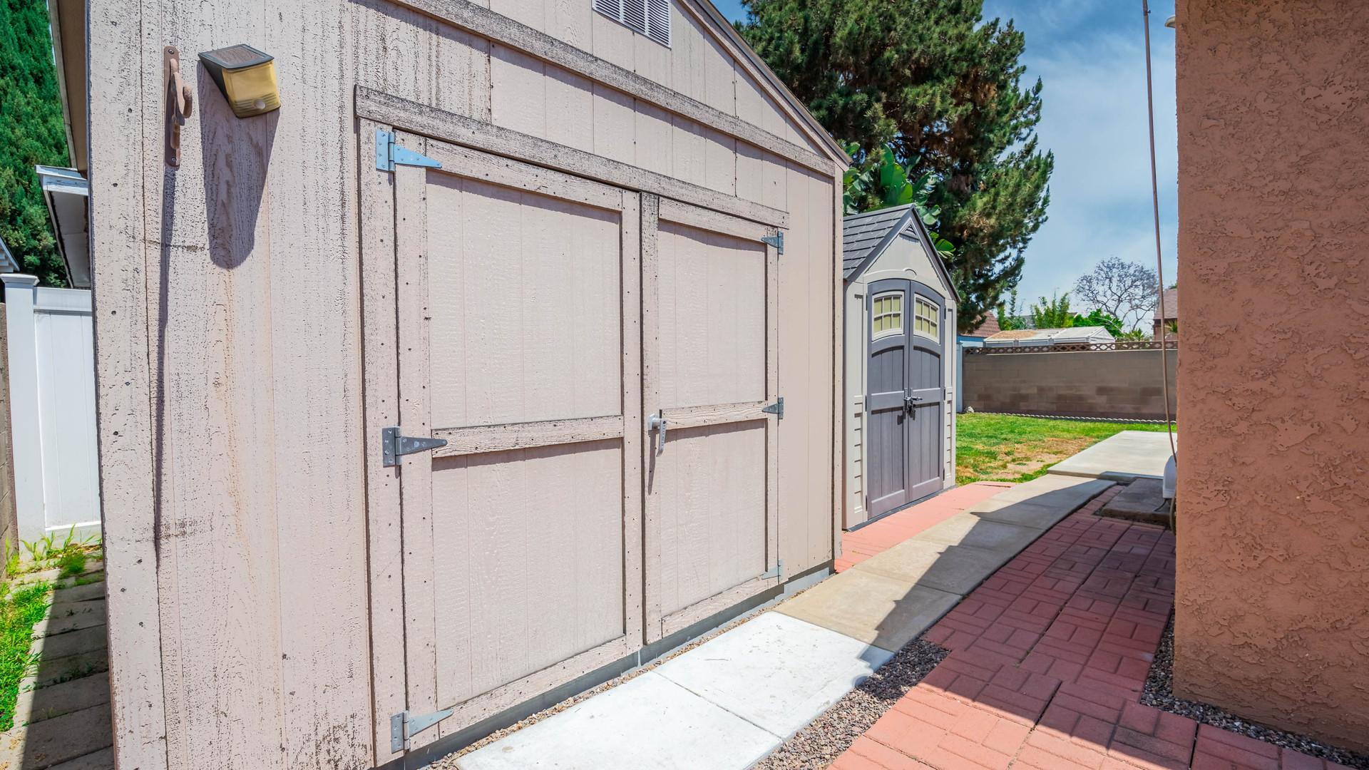 28 Backyard Storage.jpg