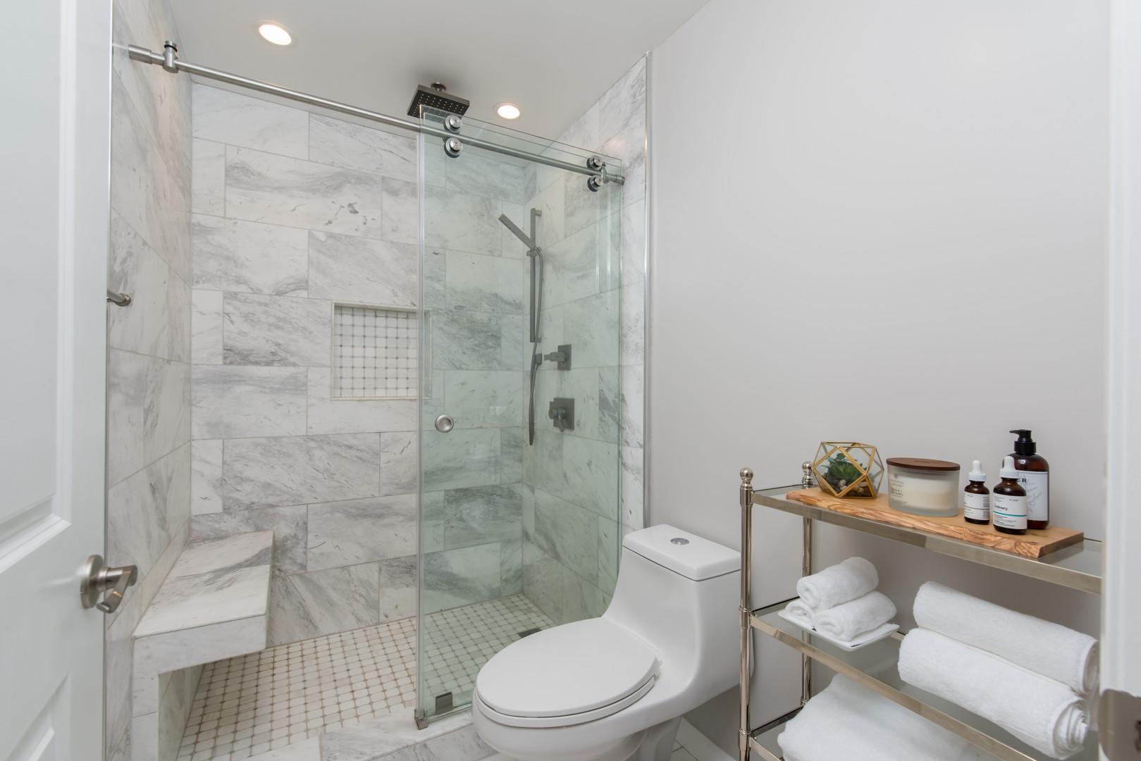 13 Master Bathroom 2.jpg