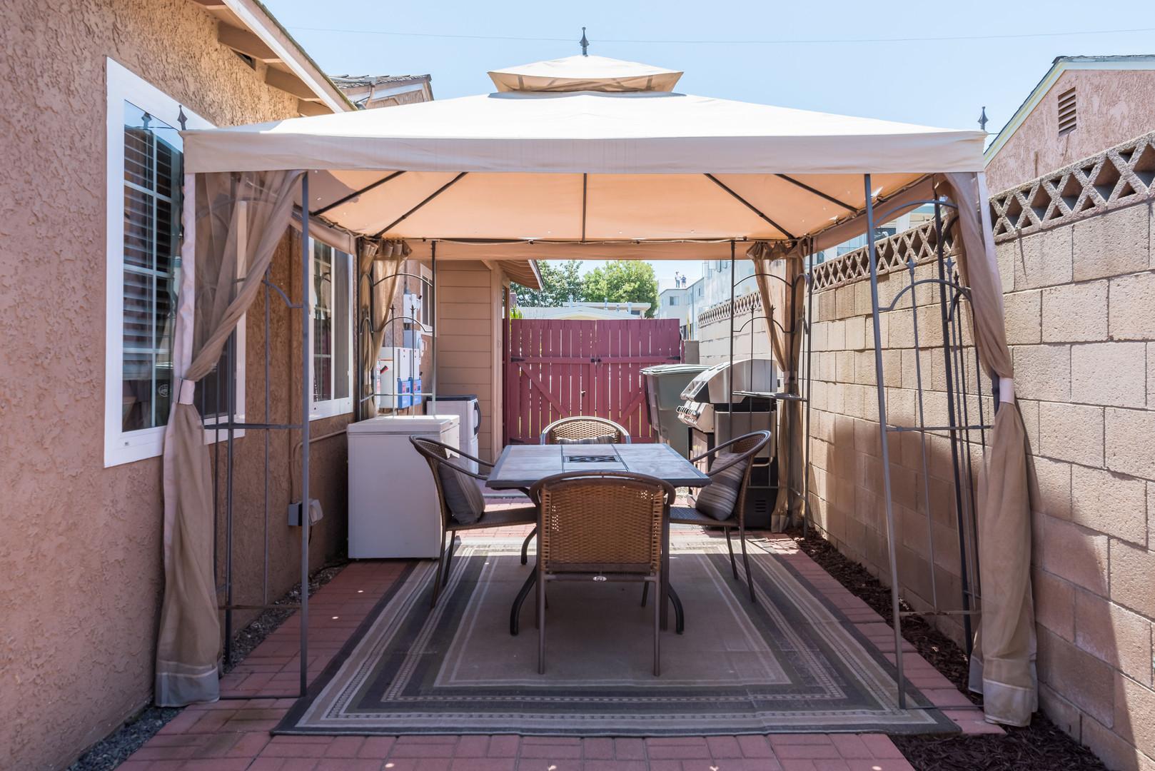 26 Side patio.jpg