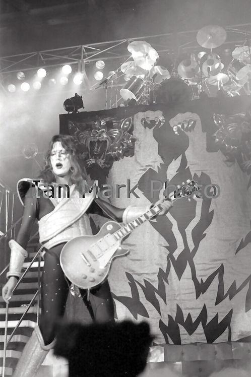 Kiss 8X12 Photo 1977
