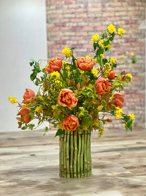 Stem vase and spring arrangement May 2nd, 4-6pm