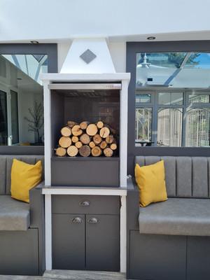Poolside oven 1.jpg