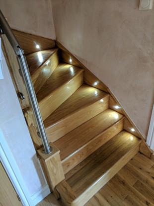 Bracknall oak staircase (2).jpg