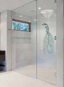 Custom Walk-in Showers