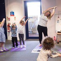 toddler yoga lincoln.jpg