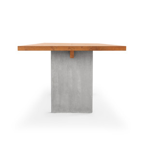2 Tisch Henry Girsberger.jpg