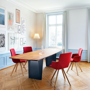 1 Tisch Onda Girsberger 1.jpg