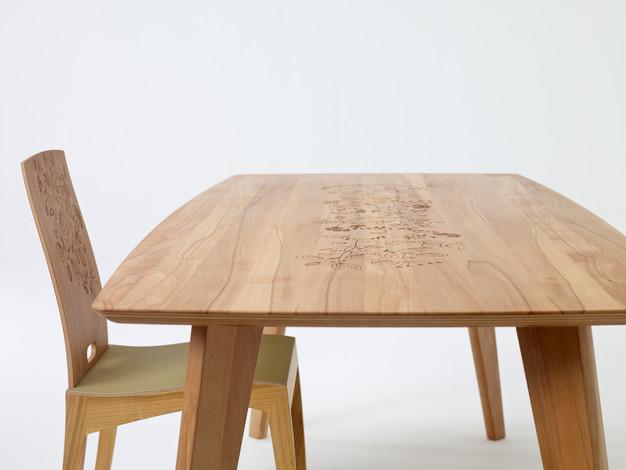 3 Tisch Finn Sixay.jpg