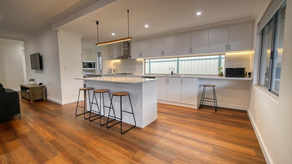 family kitchen2.jpg