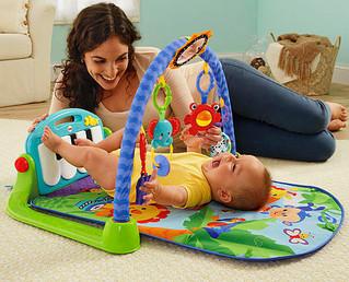 Guia de brinquedos e brincadeiras por idade - Terceiro mês.