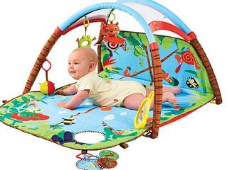O desenvolvimento do bebê no sexto mês de vida.