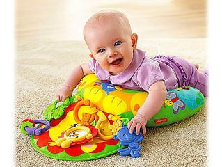 O desenvolvimento do bebê no quinto mês de vida.