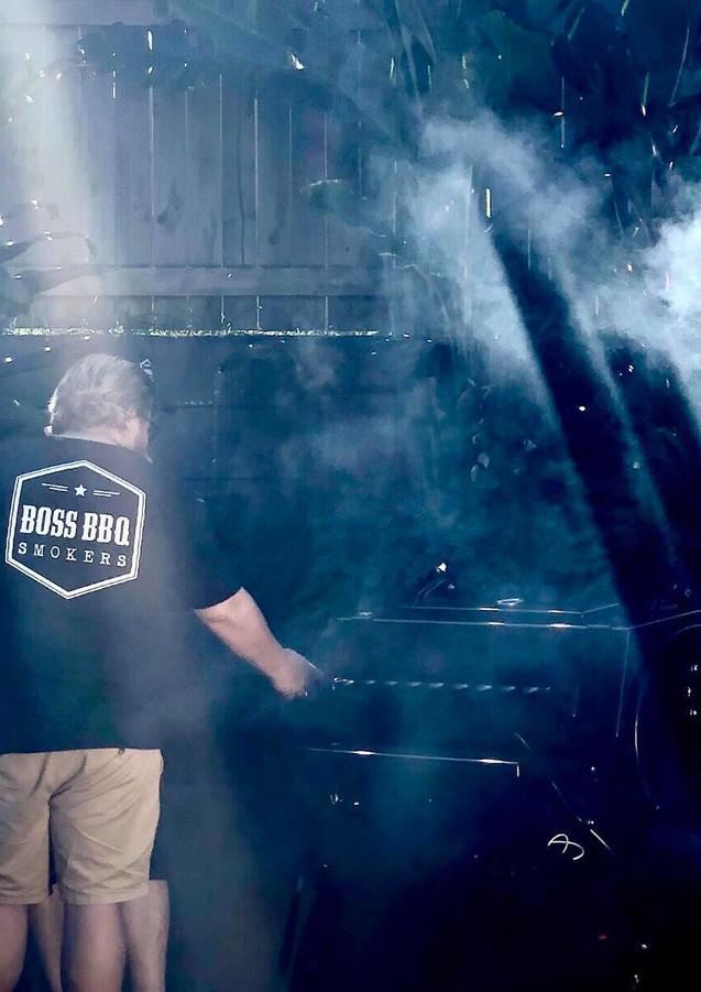 Boss_BBQ_Smokers_12.jpg