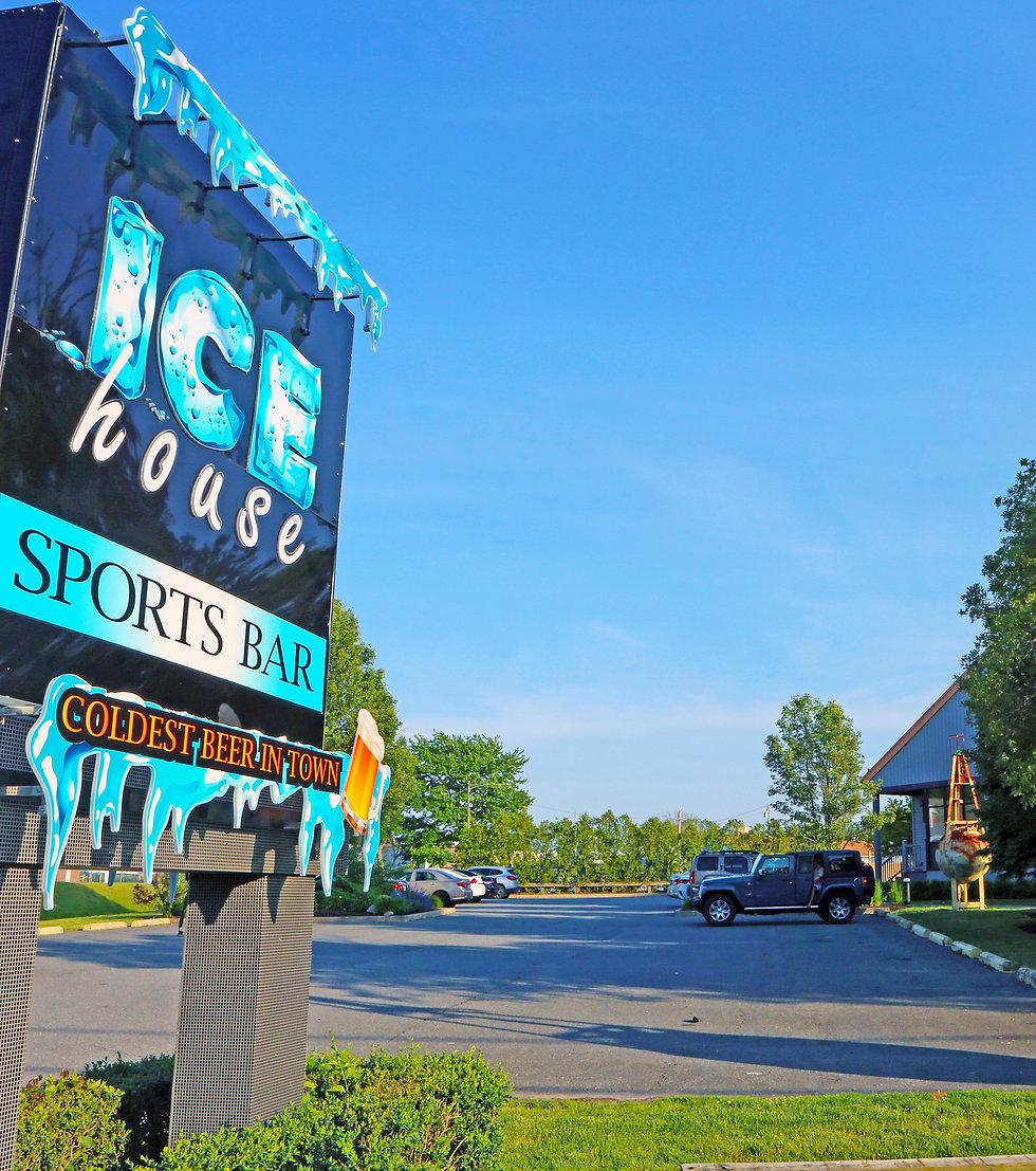 ice-house-parking-lot-bridge-street-sign-web.jpg