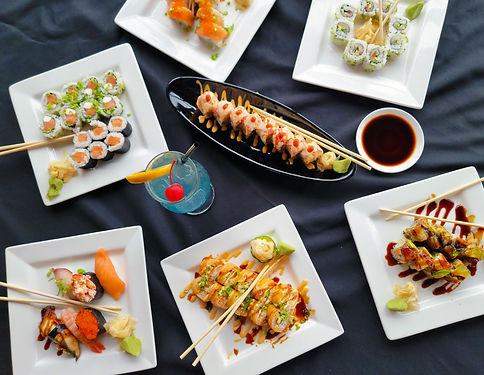 sushi-rolls-assorted-plates-with-drink-02-web.jpg