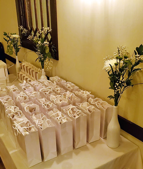cassies-cottage-gift-bags-on-table-01.jpg