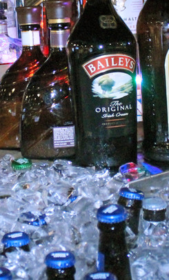 the-ice-chest-at-ice-house-sports-bar-01.jpg