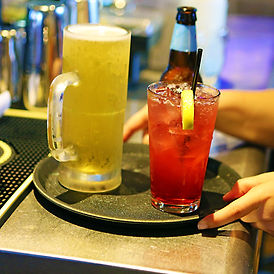 ice-house-ice-cold-beer-drinks-waitress-on-tray-1-1.jpg