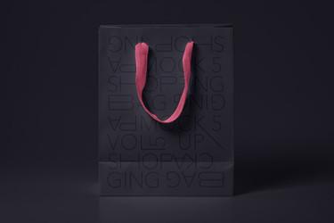 free-shopping-bag-paper-mockup-psd (1).j